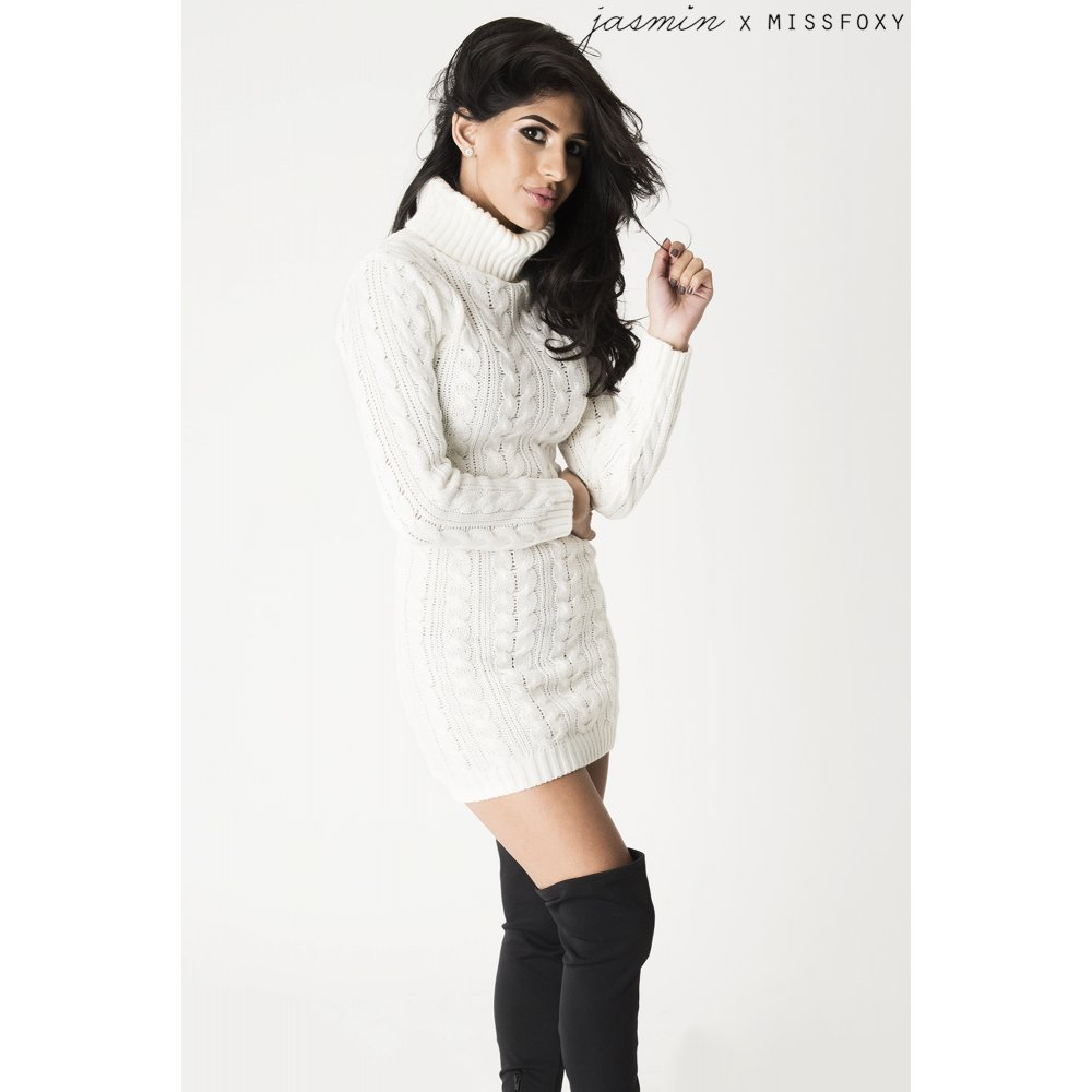 Knitting Pattern Jumper Dress : Cream Cable Knit Jumper Dress
