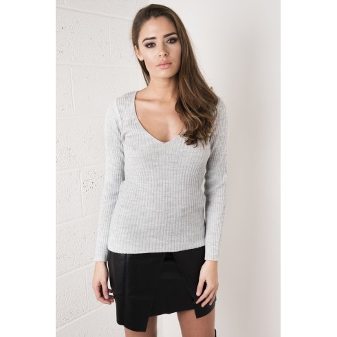 Fitted V-Neck Jumper in Grey