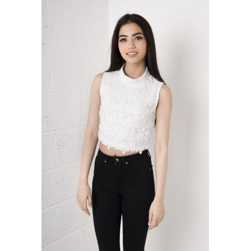 Flower Detail Lace Crochet Crop Top in White