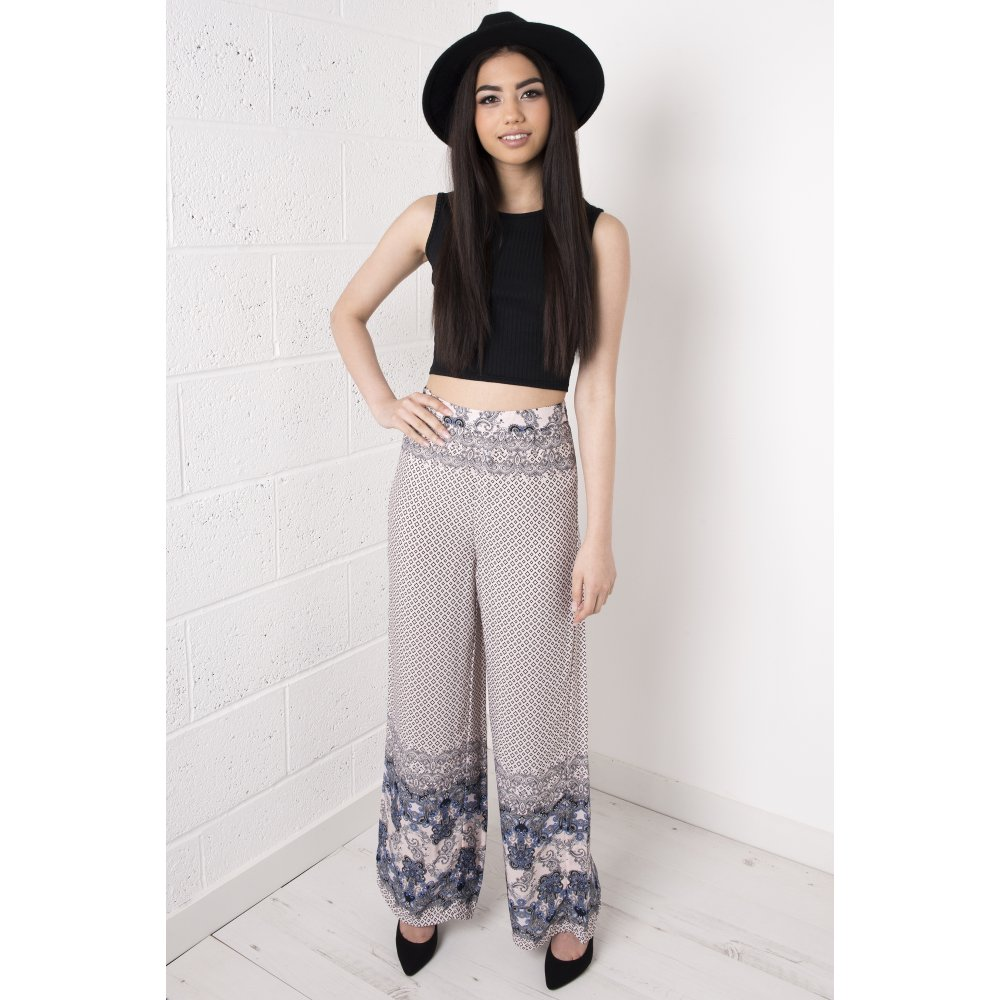 441bfd2a7c6c High Waisted Printed Flared Trousers